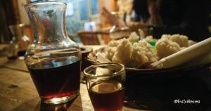 Kopi Manglayang Karlina dan cireng di Warung Kopi Kiwari Farmers
