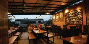 pecel lele paling enak di Bandung, D'Penyetz Bandung