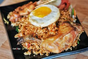 cafe Instagramable di Medan, Nasi goreng paling mantap di Warung Mewah