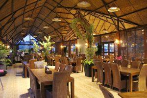 Interior Rumah Air Bogor, rumah makan Sunda lesehan di Bogor