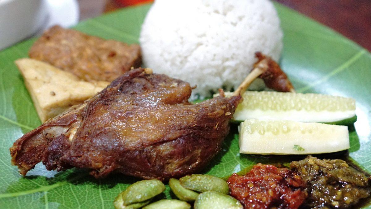 5 Nasi Bebek Terenak di Bogor yang Bikin Ketagihan!