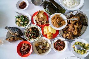 restoran Sunda paling enak di Bandung, Rumah Makan Cikawao