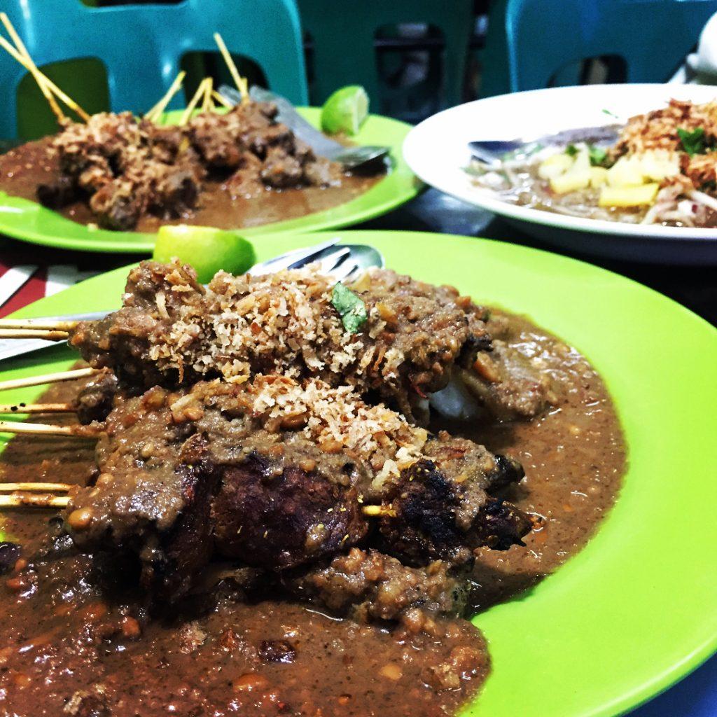 kuliner hits di Medan, Sate Memeng, CariMakanAja