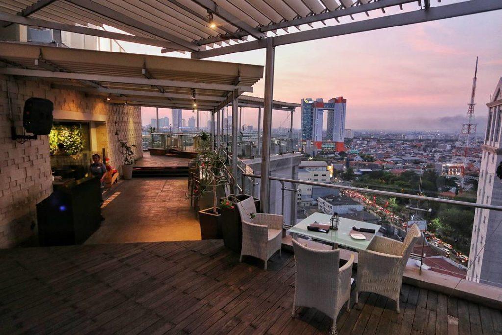 restoran rooftop di Surabaya, Citilities Skyclub & Bistro, Cari Makan Aja