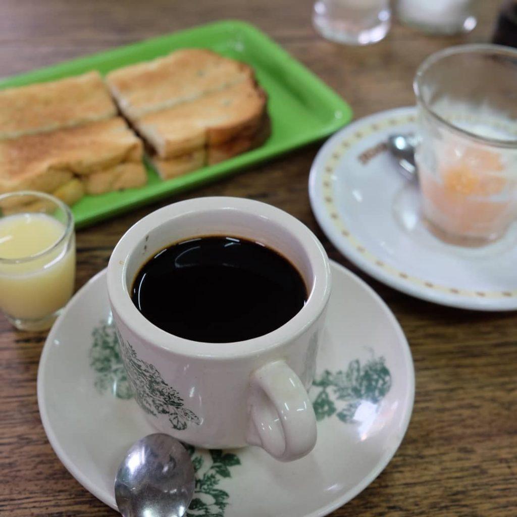 kuliner hits di Medan, Kopi Apek, CariMakanAja