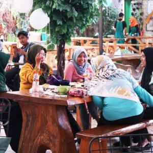 tempat makan di Bogor 2018 yang lagi hits, Foresthree, Carimakanaja.com