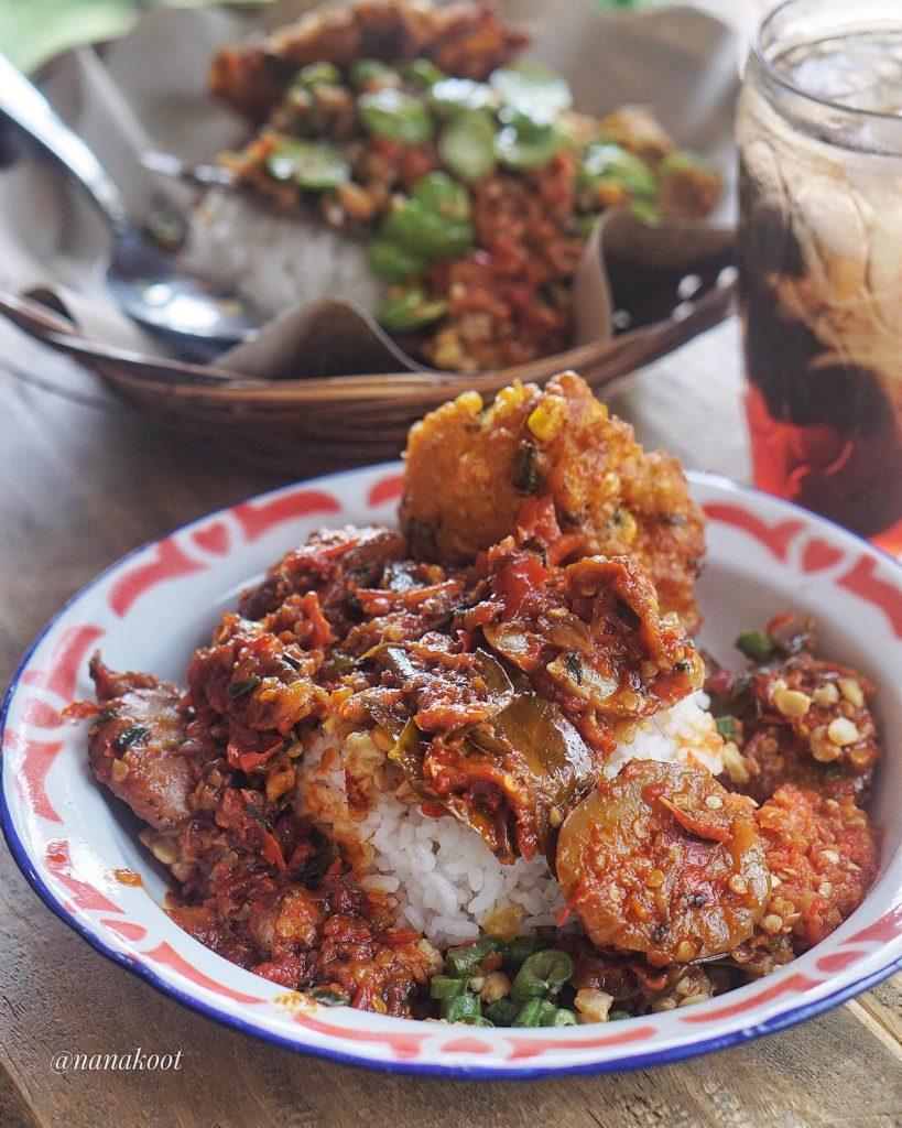 kuliner pedas di Malang, Sego Sambel Cak Uut, Cari Makan Aja