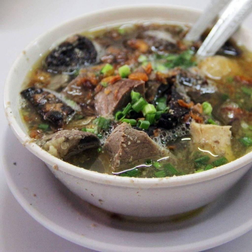 kuliner Makassar, Sop Saudara, Cari Makan Aja