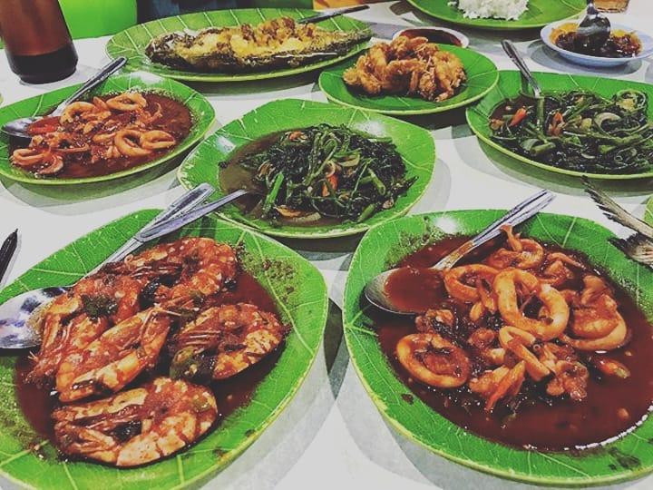 kuliner tenda di Jakarta, Seafood Ayu 69, Cari Makan Aja