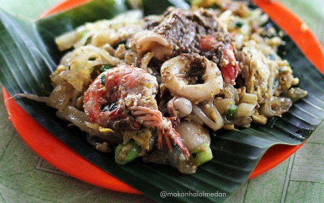 mie balap di Medan, Mie Balap Seafood Jalan Denai, carimakanaja.com