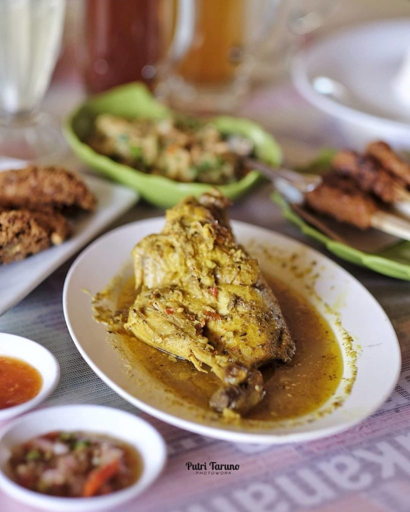 ayam betutu di Bali, Ayam Betutu Pak Man, carimakanaja.com