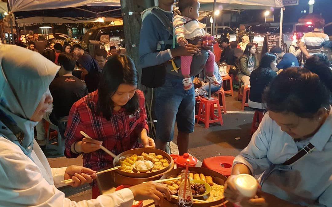 5 Tempat Makan 24 Jam di Bandung Ini Jadi Penunda Lapar Tengah Malam