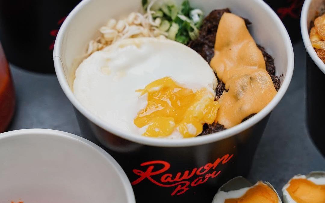 Rawon Bar, Kuliner Warisan Nusantara yang Tampil Modern & Kekinian