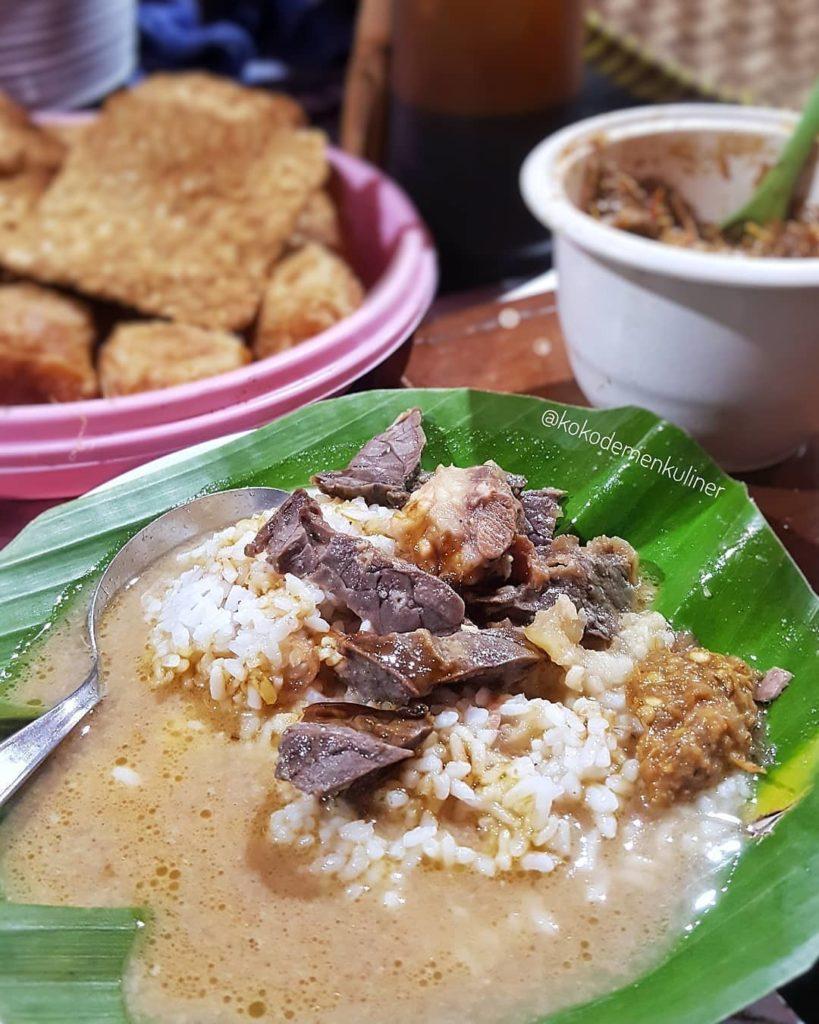 kuliner legendaris Semarang, Nasi Gandul Pak Memet, carimakanaja.com