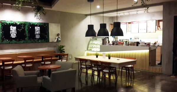 cafe 24 jam di Surabaya, Bengawan Solo Coffee, carimakanaja.com
