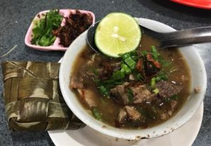Coto Nusantara, Kuliner Kota Makassar, Carimakanaja.com (Sumber: Garnesia.com)