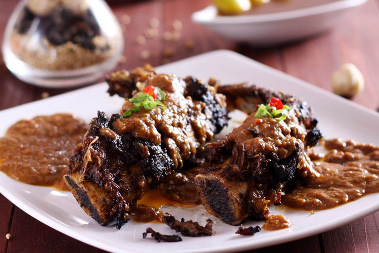 Kuliner Kota Makassar yang Wajib Kamu Cicipi Saat ke Makassar!
