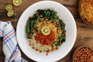Srombotan, Street food di Bali, Carimakanaja.com (Sumber: Motormaticbali.com)