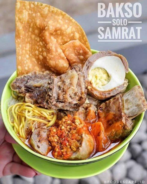 Bakso Solo Samrat, Bakso di Jakarta, carimakanaja.com (Sumber: traveloka.com)
